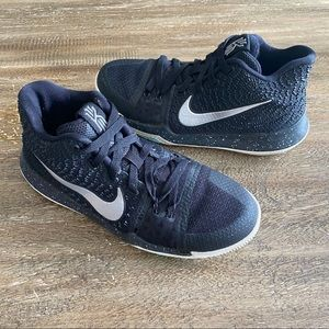 Other - Nike Kyrie 3 GS Basketball Sneakers